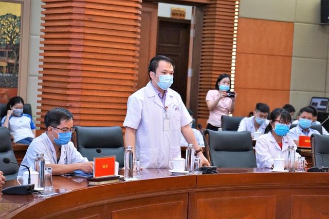 Đoàn cán bộ y tế Hải Phòng vào chi viện thành phố kết nghĩa Đà Nẵng - Ảnh 5.