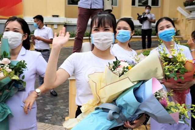Đoàn cán bộ y tế Hải Phòng vào chi viện thành phố kết nghĩa Đà Nẵng - Ảnh 9.