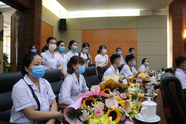 Đoàn cán bộ y tế Hải Phòng vào chi viện thành phố kết nghĩa Đà Nẵng - Ảnh 2.