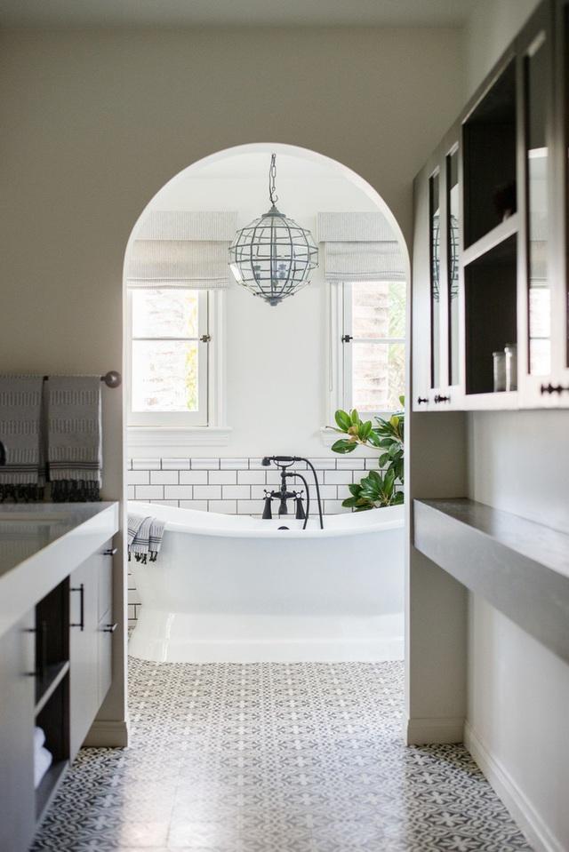 Ba thiết kế phòng tắm với 3 phong cách khác nhau nhưng đều đem lại sự mãn nhãn cho người nhìn - Ảnh 6.