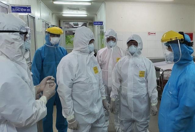 Phát hiện 9 người mắc COVIC-19 mới - Ảnh 2.