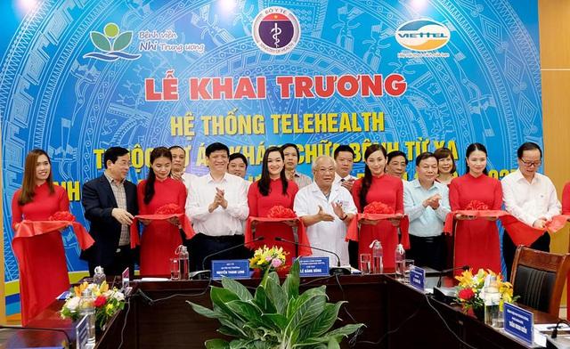 Quyền Bộ trưởng Bộ Y tế: Khám, chữa bệnh từ xa vừa phục vụ người bệnh, vừa cải thiện hệ thống cơ sở y tế - Ảnh 1.