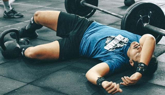 Sau khi tập thể dục, chàng trai bỗng nhiên yếu ớt, không đứng vững vì căn bệnh này - Ảnh 1.