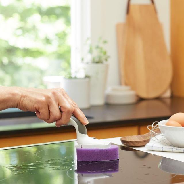 Chỉ mất 5 phút để hô biến căn bếp sạch tinh mỗi ngày chỉ với các mẹo sau - Ảnh 1.