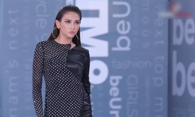 Vietnams Next Top Model: Võ Hoàng Yến quát lớn nam thí sinh cạo đầu đi thi người mẫu vì nói gì cũng đều không hiểu - Ảnh 6.