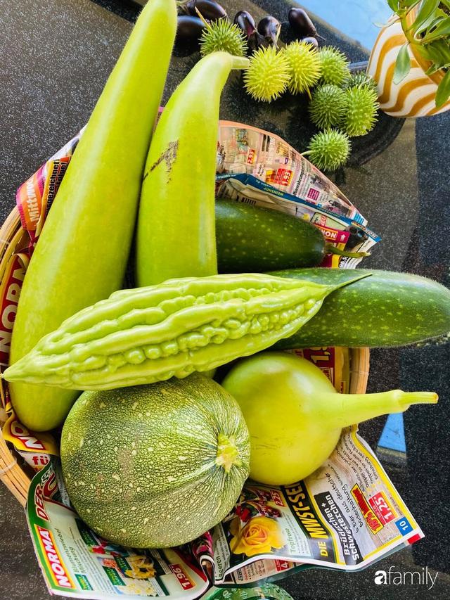 Khu vườn 200m² quanh năm xanh tươi với đủ loại rau quả sạch của mẹ Việt có thâm niên 7 năm làm vườn - Ảnh 19.
