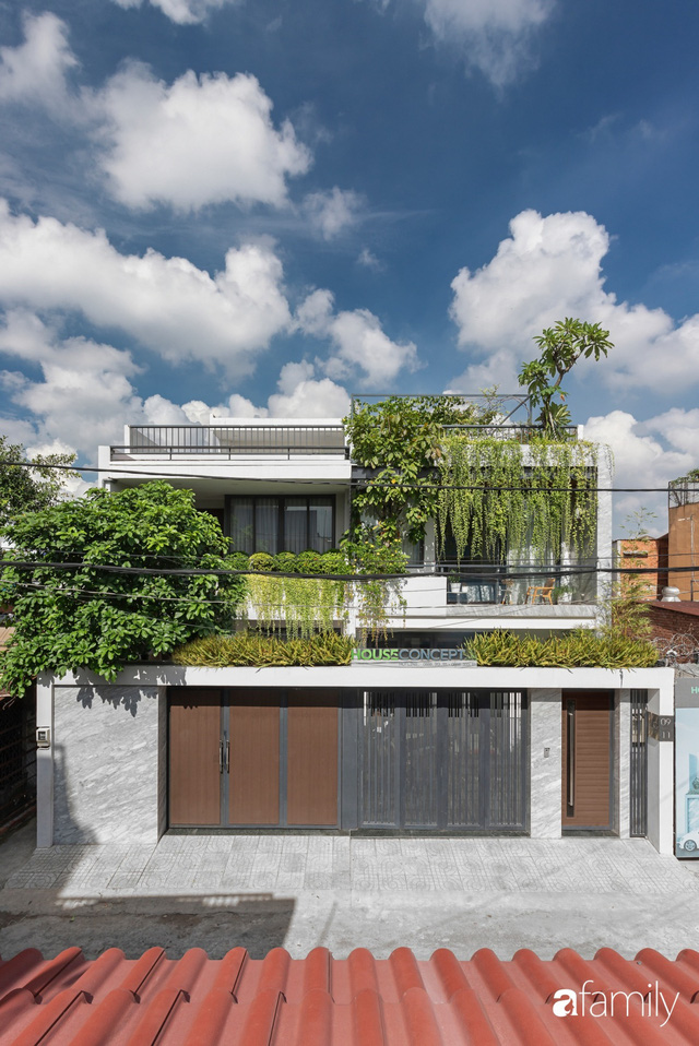 Có thiết kế hợp khối với nhà hàng xóm, nhìn bên ngoài nhà ống mà như biệt thự sang chảnh vừa làm nhà ở vừa kinh doanh ở Sài Gòn - Ảnh 3.