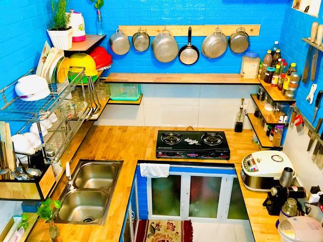 Căn bếp vỏn vẹn chỉ 5m² được ông bố Sài Gòn cải tạo tiện dụng cho việc nấu nướng hàng ngày có chi phí hơn 2 triệu đồng - Ảnh 2.
