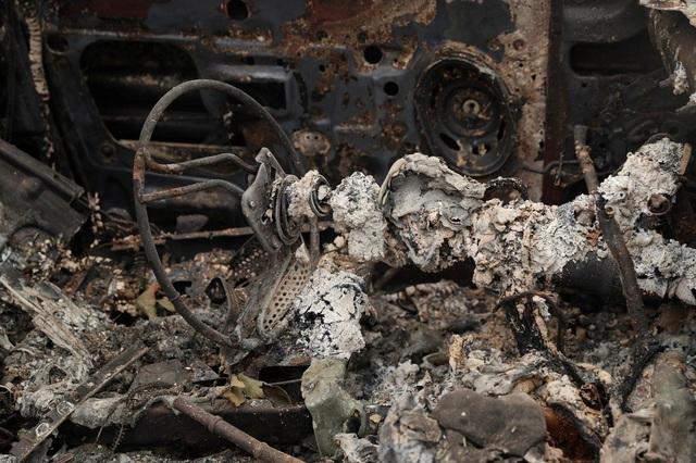 Khung cảnh như tận thế vì cháy rừng ở Bờ Tây nước Mỹ - Ảnh 12.