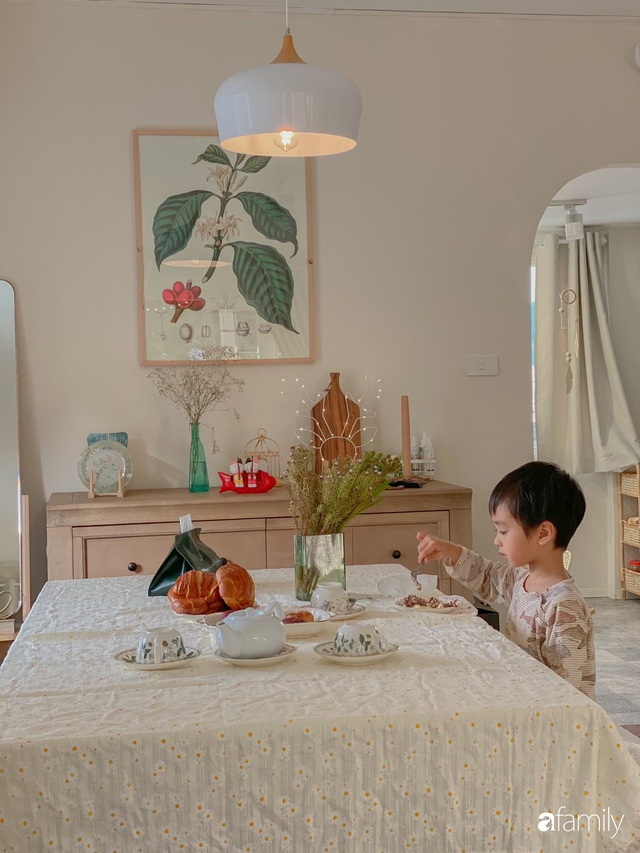 Ngôi nhà màu xanh an yên đẹp như cổ tích của vợ chồng trẻ bỏ việc lương cao ở Sài Gòn về Đà Lạt sinh sống - Ảnh 12.