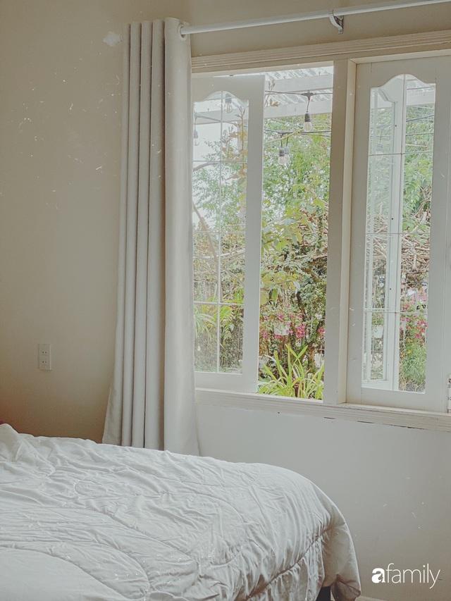 Ngôi nhà màu xanh an yên đẹp như cổ tích của vợ chồng trẻ bỏ việc lương cao ở Sài Gòn về Đà Lạt sinh sống - Ảnh 20.