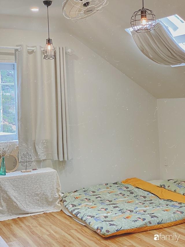 Ngôi nhà màu xanh an yên đẹp như cổ tích của vợ chồng trẻ bỏ việc lương cao ở Sài Gòn về Đà Lạt sinh sống - Ảnh 21.