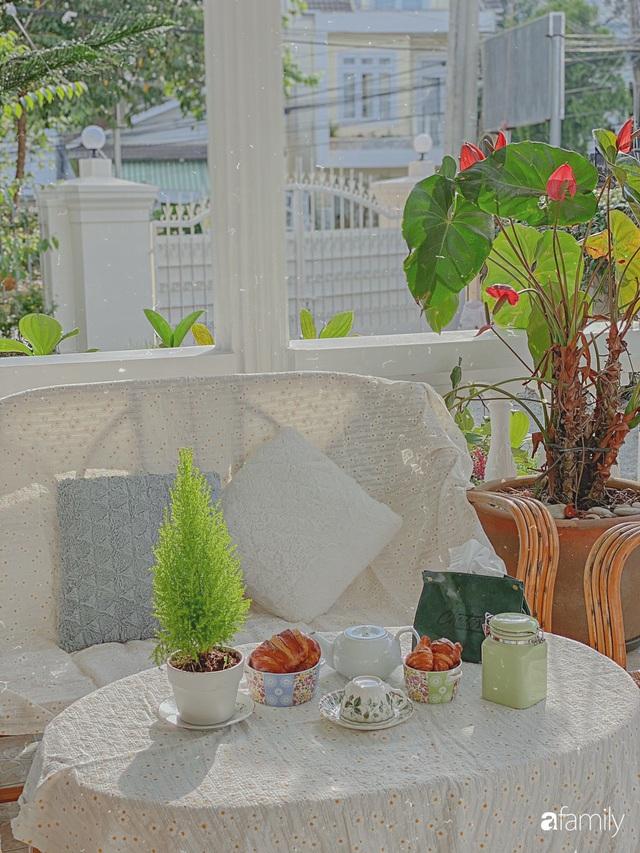 Ngôi nhà màu xanh an yên đẹp như cổ tích của vợ chồng trẻ bỏ việc lương cao ở Sài Gòn về Đà Lạt sinh sống - Ảnh 27.
