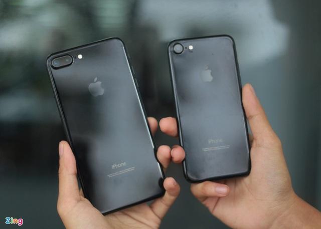 Chiếc iPhone giá trăm triệu khi về Việt Nam đầu tiên - Ảnh 5.