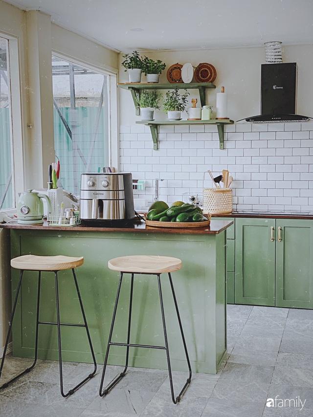 Ngôi nhà màu xanh an yên đẹp như cổ tích của vợ chồng trẻ bỏ việc lương cao ở Sài Gòn về Đà Lạt sinh sống - Ảnh 8.