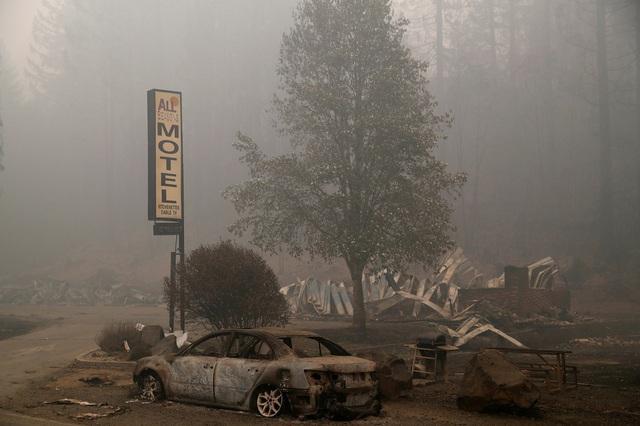 Khung cảnh như tận thế vì cháy rừng ở Bờ Tây nước Mỹ - Ảnh 9.