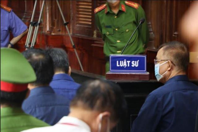 Cựu Phó Chủ tịch TP HCM Nguyễn Thành Tài khai không biết về Công ty Hoa Tháng Năm - Ảnh 2.