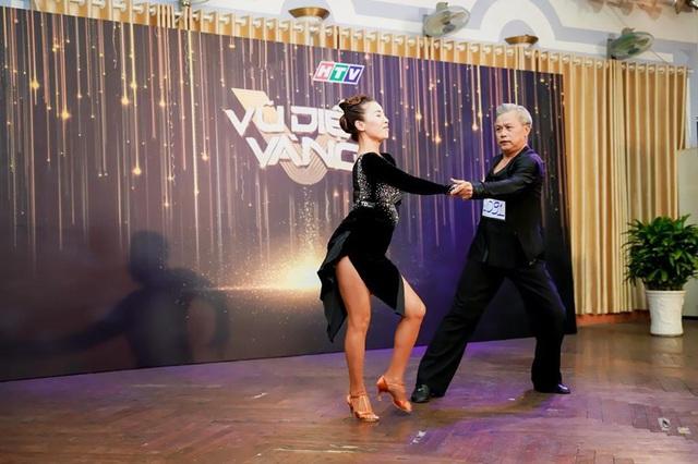 Game show khiêu vũ đầu tiên cho cặp nhảy trên 40 tuổi  - Ảnh 1.