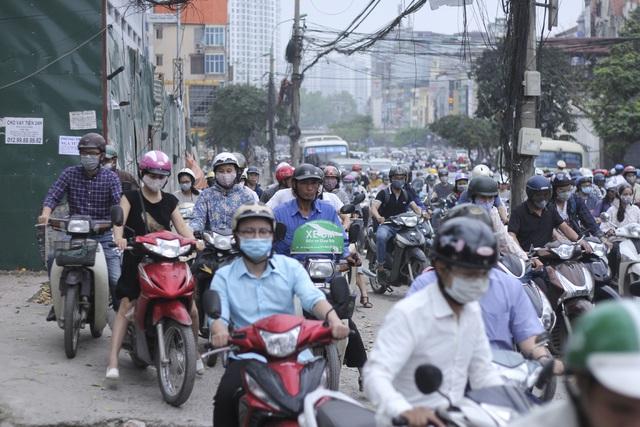 Vì sao chương trình hỗ trợ đổi xe máy cũ lấy xe máy mới của Hà Nội khó hiện thực hóa? - Ảnh 1.