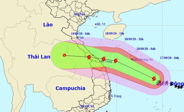 Tin mới nhất về bão số 5: Liên tục tăng cấp trước khi đổ bộ vào đất liền - Ảnh 2.