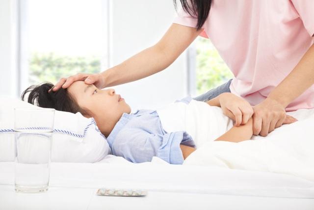 Mắc  sốt xuất huyết có thể điều trị tại nhà nhưng dinh dưỡng cần làm theo nguyên tắc sau mới mong hồi phục sớm - Ảnh 2.