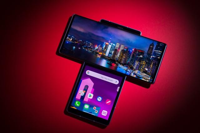 Những smartphone màn hình độc đáo - Ảnh 2.