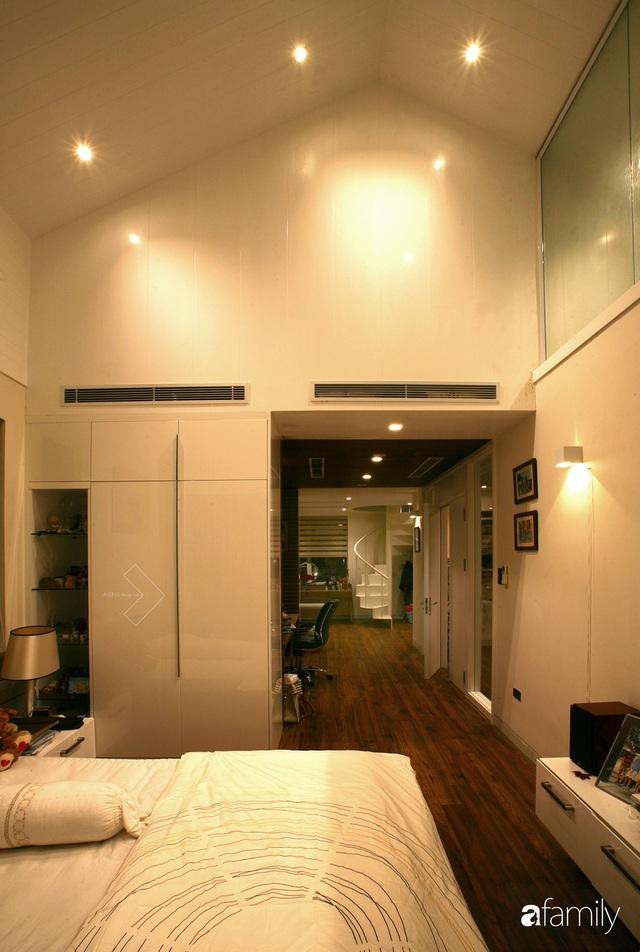 Cải tạo căn nhà 240m² thành không gian hiện đại, tiện nghi và phóng khoáng ở Hà Nội - Ảnh 13.
