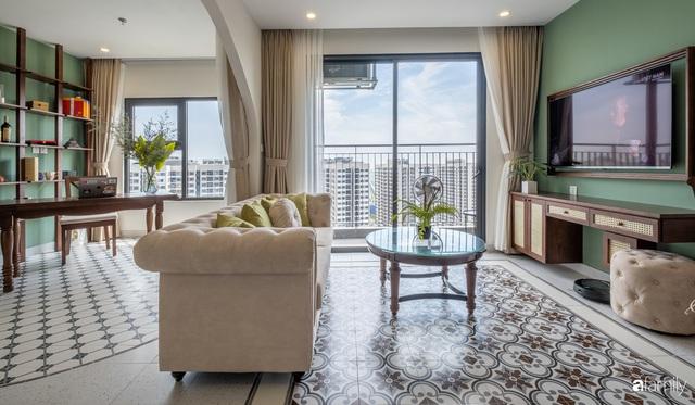 Căn hộ 74m² đẹp mê mẩn với từng góc nhỏ mang hơi thở Sài Gòn xưa ở thủ đô Hà Nội - Ảnh 1.