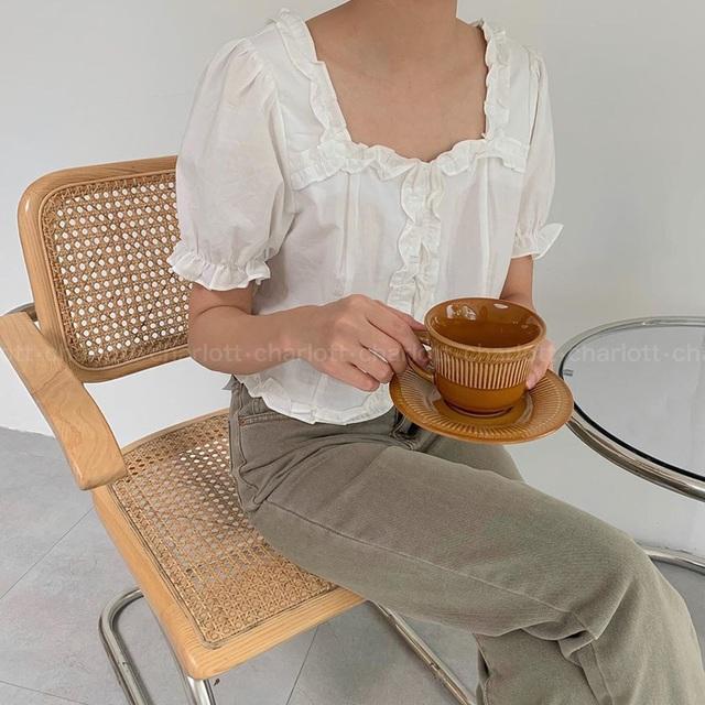 """6 kiểu áo blouse đáng sắm thu này, diện lên cô gái nào cũng có thêm vài phần """"chanh sả"""" - Ảnh 4."""