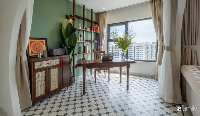 Căn hộ 74m² đẹp mê mẩn với từng góc nhỏ mang hơi thở Sài Gòn xưa ở thủ đô Hà Nội - Ảnh 4.