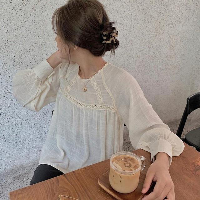 """6 kiểu áo blouse đáng sắm thu này, diện lên cô gái nào cũng có thêm vài phần """"chanh sả"""" - Ảnh 5."""