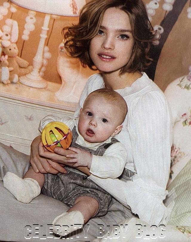"""Cái kết đẹp cho chuyện tình nổi tiếng của làng mốt thế giới: """"Thái tử Louis Vuitton"""" dùng gần 10 năm chân tình mới đổi được cái gật đầu của bà mẹ 5 con - Ảnh 7."""