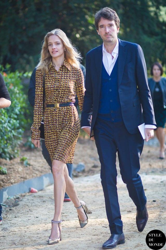 """Cái kết đẹp cho chuyện tình nổi tiếng của làng mốt thế giới: """"Thái tử Louis Vuitton"""" dùng gần 10 năm chân tình mới đổi được cái gật đầu của bà mẹ 5 con - Ảnh 10."""