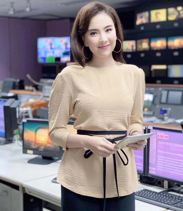Mai Ngọc bật mí cách diện đồ đi làm vừa giữ ấm, vừa đẹp vào mùa thu - Ảnh 2.