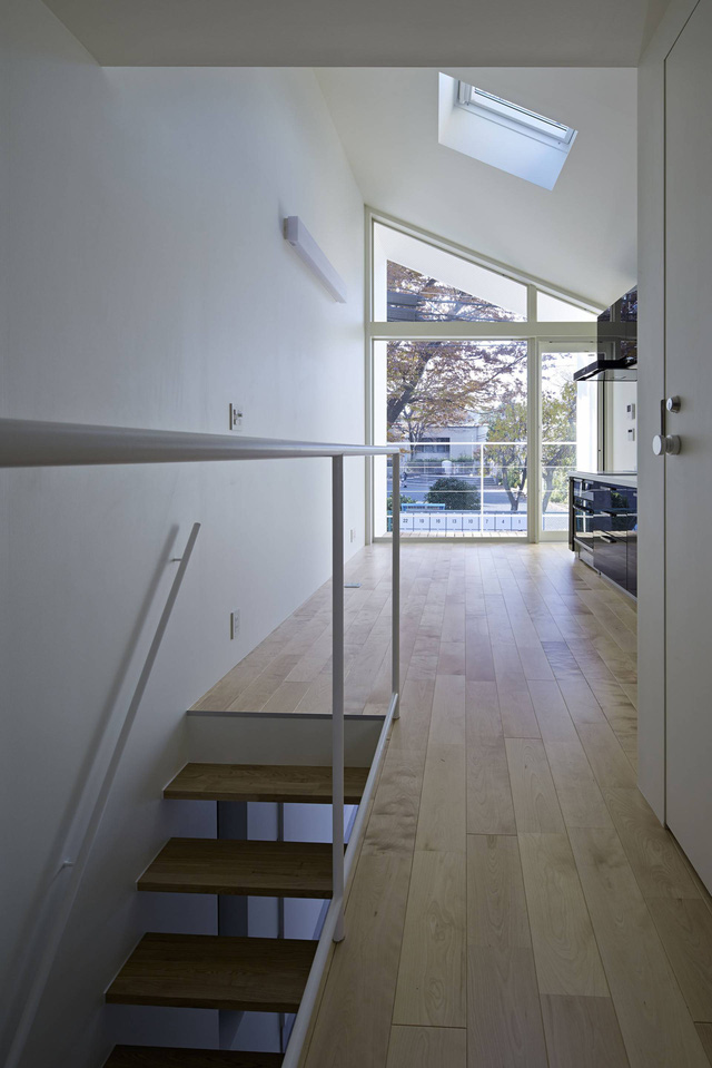 Căn nhà 27,6m² với thiết kế mái chéo độc đáo của vợ chồng trẻ ở thủ đô - Ảnh 7.