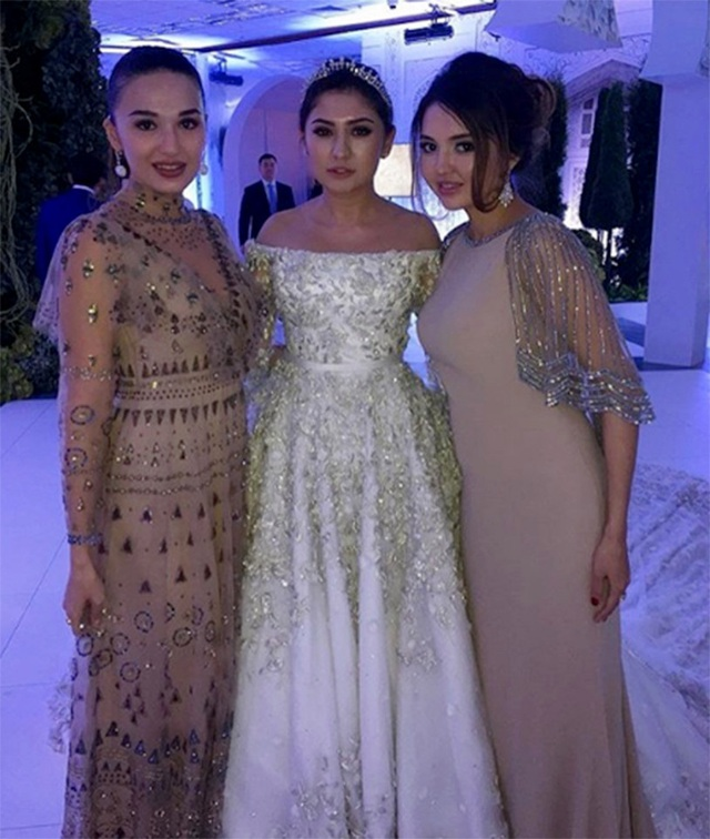 4 năm sau đám cưới xa hoa với chiếc váy 14 tỷ đồng, bánh cưới cao hơn 3m, cuộc sống của tiểu thư giàu có bậc nhất nước Nga ra sao? - Ảnh 8.