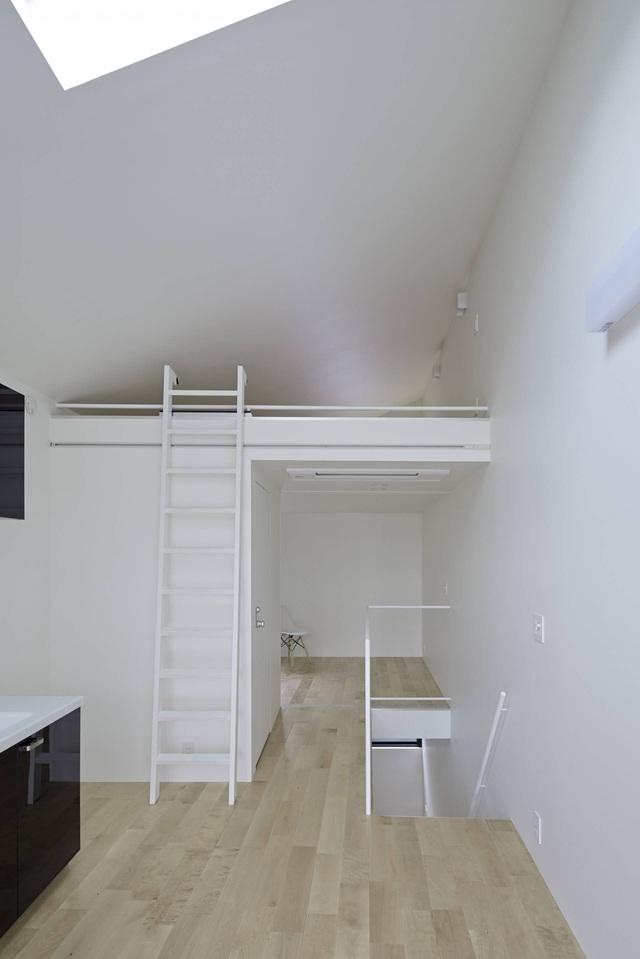 Căn nhà 27,6m² với thiết kế mái chéo độc đáo của vợ chồng trẻ ở thủ đô - Ảnh 9.