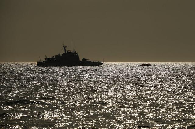 Hàng loạt người di cư bị Hy Lạp gửi trả về đại dương - Ảnh 11.