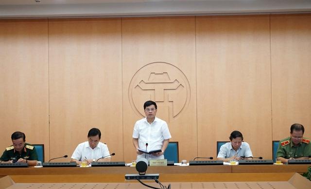 Hà Nội: Phê bình 6 quận, huyện có dấu hiệu chủ quan trong phòng chống dịch COVID-19 - Ảnh 2.