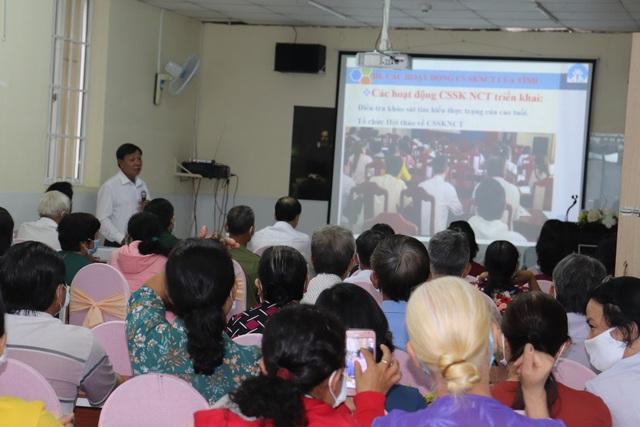 Tổng cục Dân số tổ chức tọa đàm chia sẻ kinh nghiệm chăm sóc người cao tuổi tại Tây Ninh - Ảnh 4.