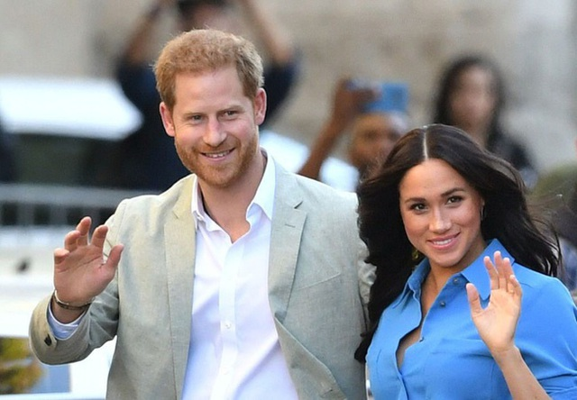 Liên tục kiếm được tiền nhưng vợ chồng Meghan Markle, Hoàng tử Harry vẫn bị tố vì cư xử kém tinh tế - Ảnh 2.