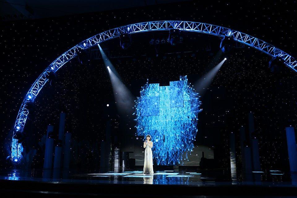 Hoành tráng và lộng lẫy Hòa nhạc Năm mới 2014 của VTV 6