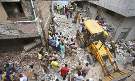 Sập nhà ở Ấn Độ, 10 người thiệt mạng 1