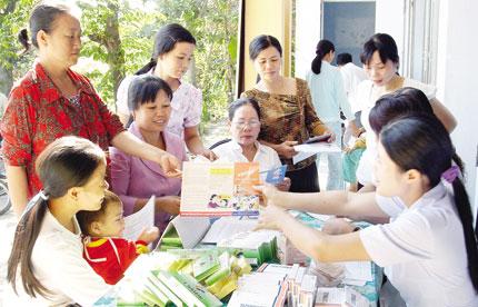 Mô hình Trung tâm DS-KHHGĐ trực thuộc UBND huyện: Trách nhiệm của cả hệ thống chính trị địa phương 1