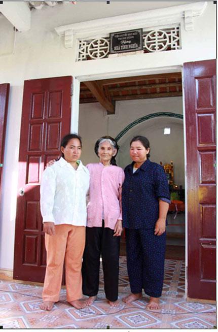 Tặng nhà cho gia đình bà Đinh Thị Mai 1