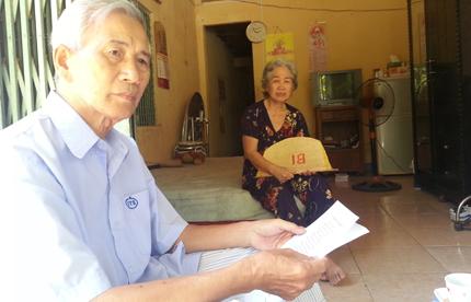 Vụ Phó Chủ tịch phường ôm con trốn nợ ở Đà Nẵng: Cha mẹ già mong con cháu quay về 1