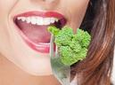 Ăn bông cải xanh, bắp cải và quả bơ sẽ làm chậm quá trình lão hóa