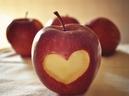 Người bị bệnh dạ dày có ăn được táo không?
