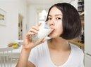 """Những sai lầm khi uống sữa khiến """"cái miệng hại cái thân"""""""