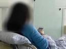 Người phụ nữ bị tụ máu não vì nhìn chằm chằm vào điện thoại 20 giờ liên tục